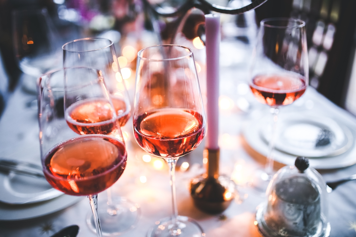 8 Deliciously Fun Rosé Inspired Gift Ideas for your Bestie
