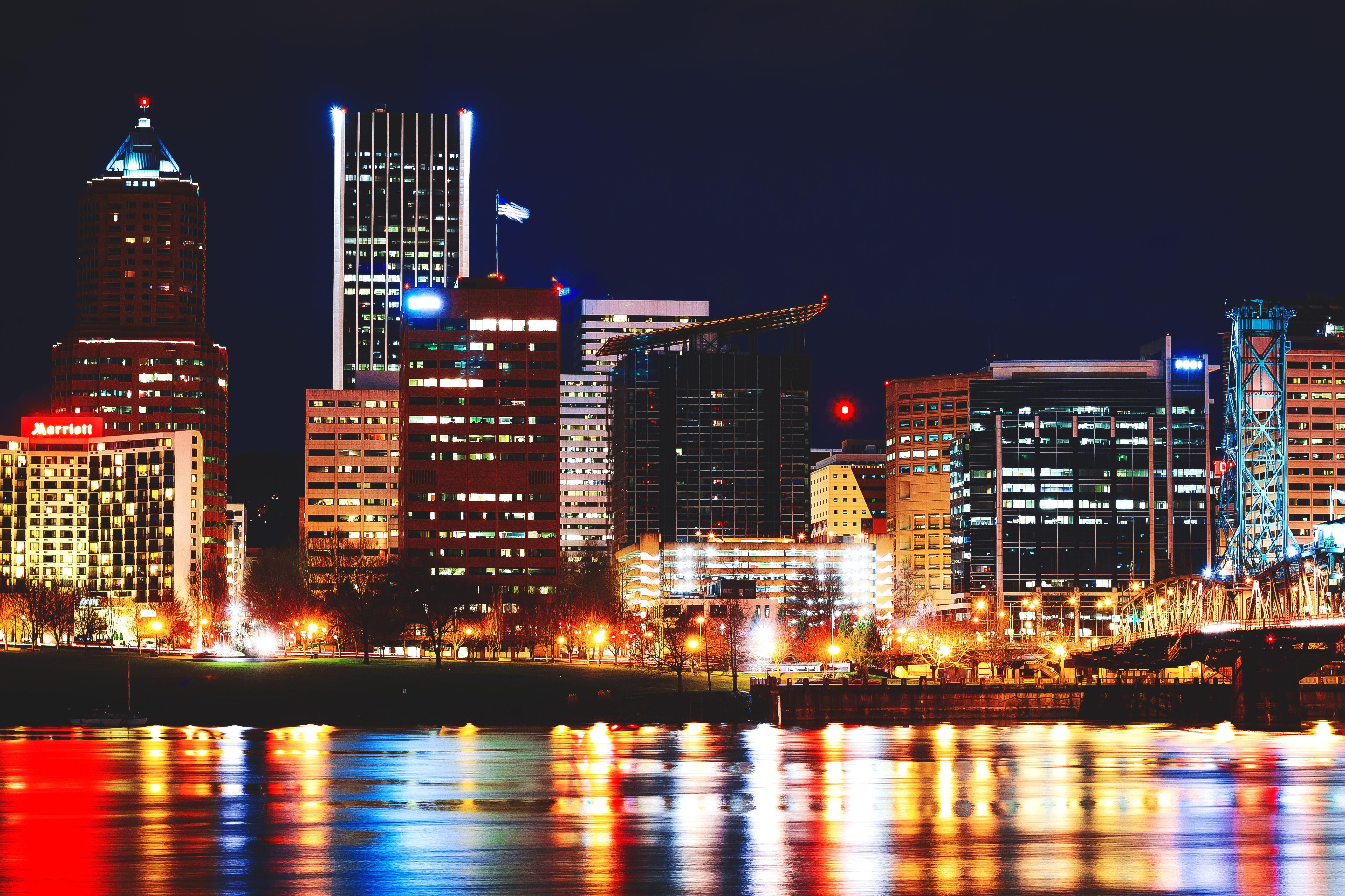 architecture-buildings-city-432361.jpg